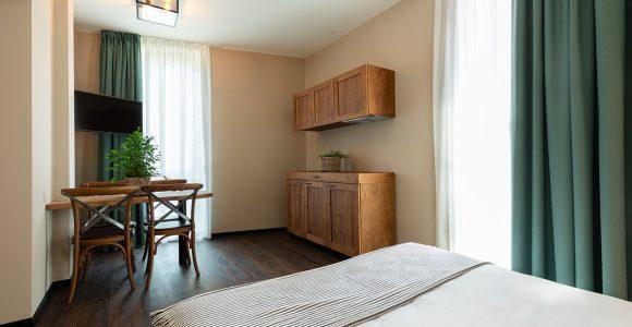 Junior suite family room